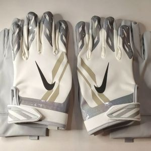 Nike Vapor Shield Football Gloves NFL Cold Weather Adult XL White / Gray Double